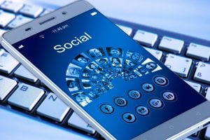 ixact agents can use social media generate leads